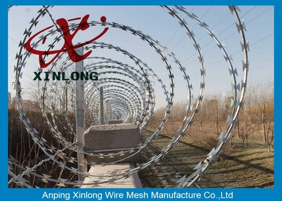 China Eco-Friendly Razor Barbed Wire Prison Fence 0.5mm Thickness supplier