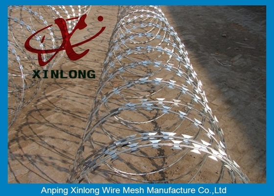 China Stainless Steel Razor Barbed Wire Mesh Fence 2.5mm Wire Diameter XLF-12 supplier
