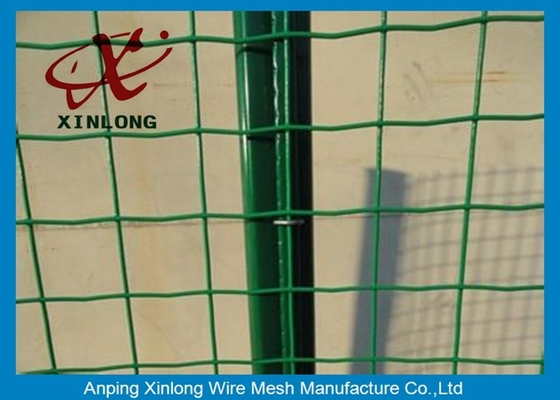 China PVC Coated Galvanized Welded Wire Mesh Rolls Anti Corrosion 10-30m Length supplier