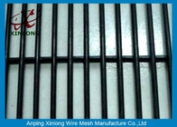 China Anti-Climb Jail 358 High Security Fence / Wire Mesh Panel Electric Galvanized Dark Green factory
