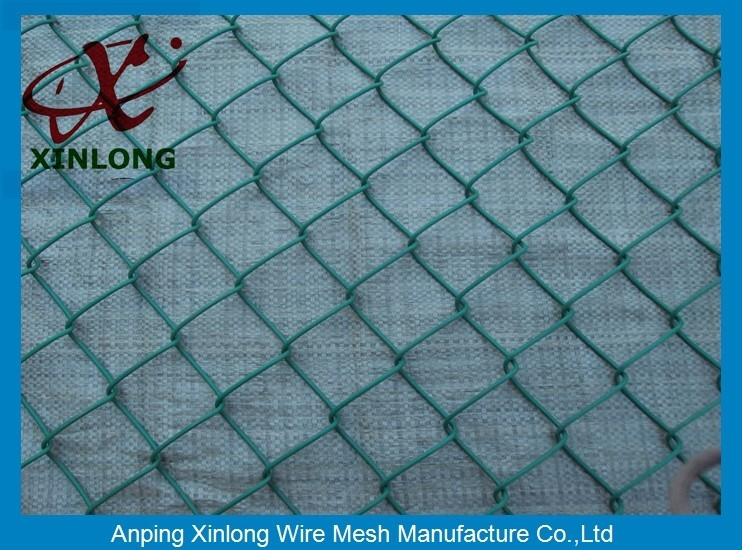 Heavy Duty Chain Link Fence For School Sport , Mesh size 50 * 50mm