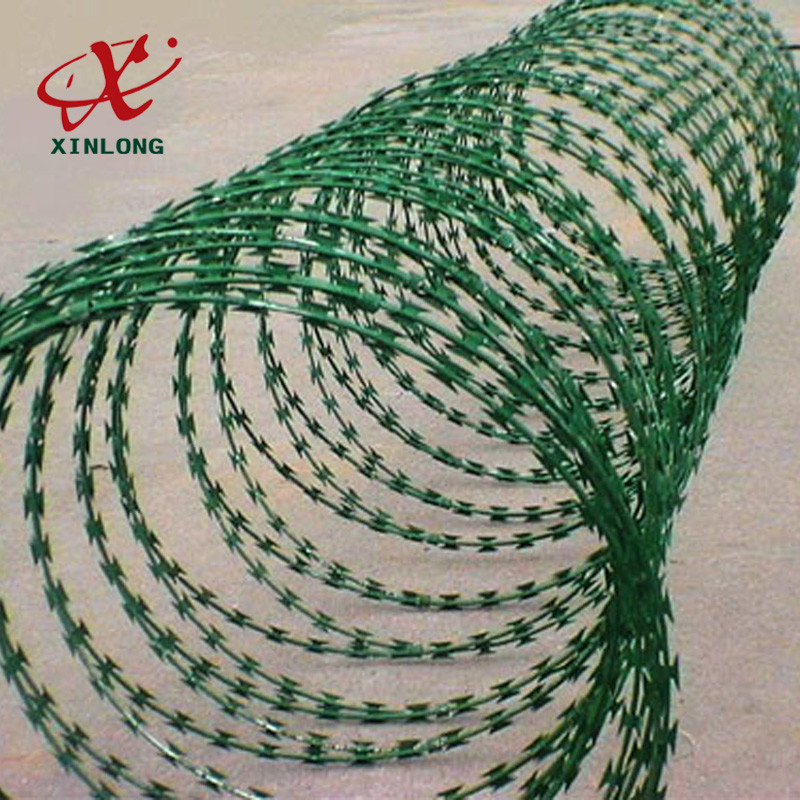 Galvanized CBT-65 BTO-22 Razor Barbed Wire High Security Barbed Wire