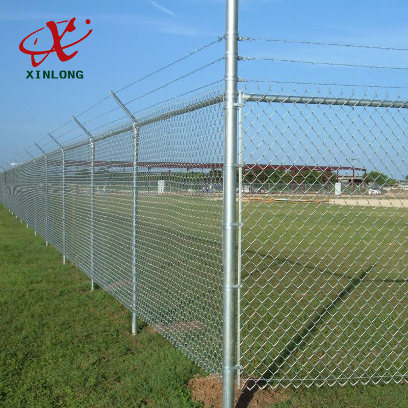 Hot Dipped Galvanized Steel Wire Fencing Residential Metal Chain Link Fence