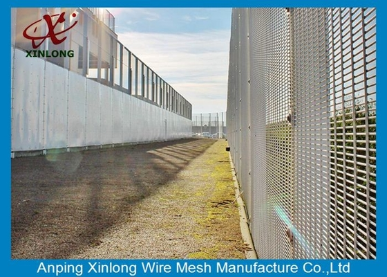 Professional Hot Dipped Galvanized Welded Mesh Security Fencing For Protection 2.0m Height