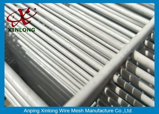 Electric Galvanized Wire Mesh Fence Square Shape For Home Eco Friendly