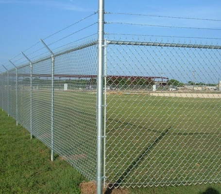 50*50MM High Anticorrosive Chain Link Fence Construction Durable